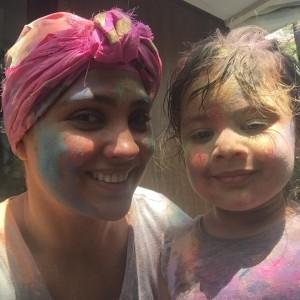 Lara Dutta poses for a Holi selfie with daughter Saira