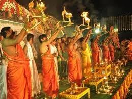 Naidu urges pilgrims to keep Pushkaram ghats clean