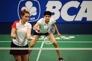 Parupalli Kashyap exits, Jwala Gutta-Ashwini Ponnapa advance in Badminton World Championships