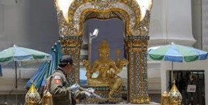 Three days after blast, Thai Brahma temple reopens for worshippers and tourists